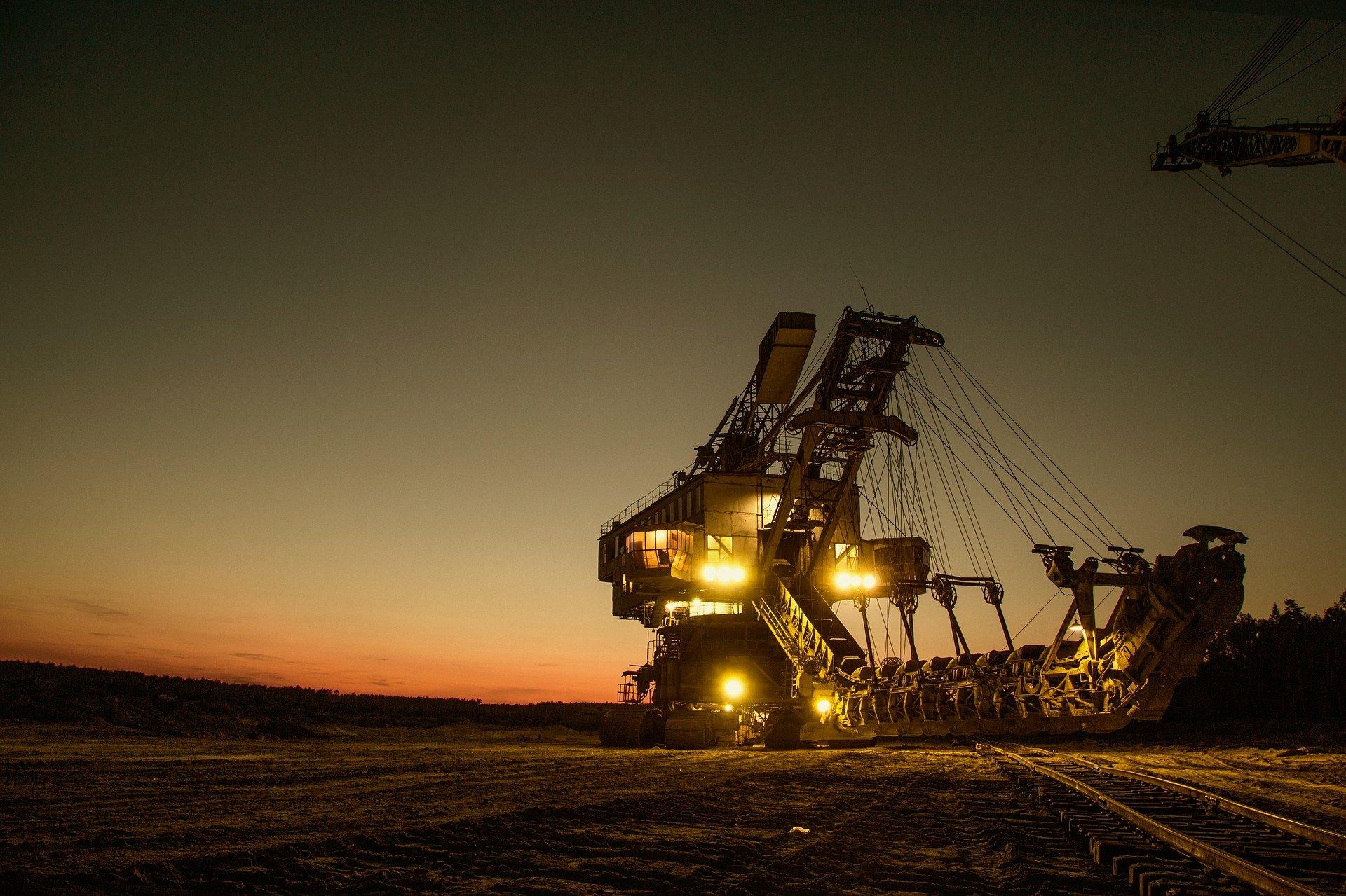 pixbay-mining-excavator-1736293_1920